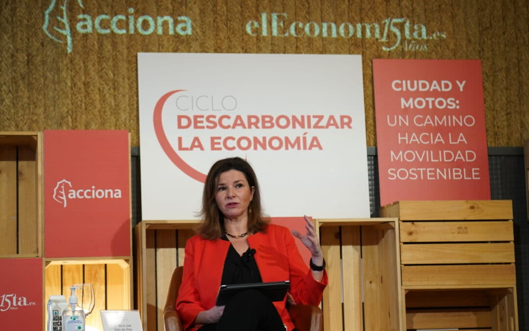 Ciclo descarbonizar la economía: Ciudad y motos «Un camino hacia la movilidad sostenible»